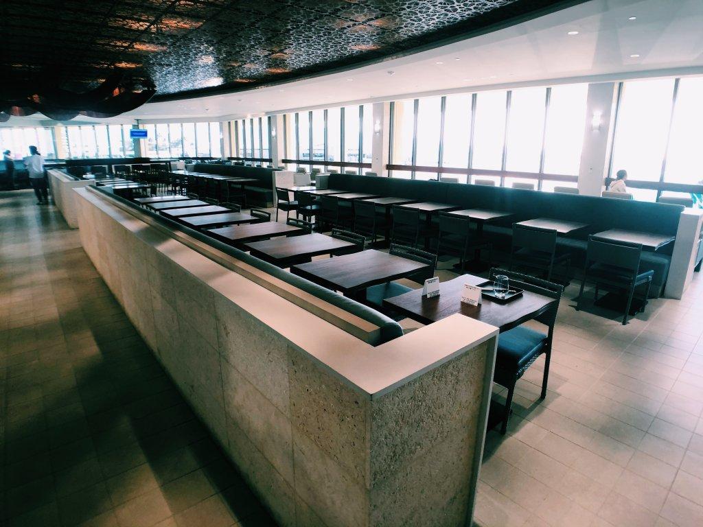 ホノルル空港ANA LOUNGE
