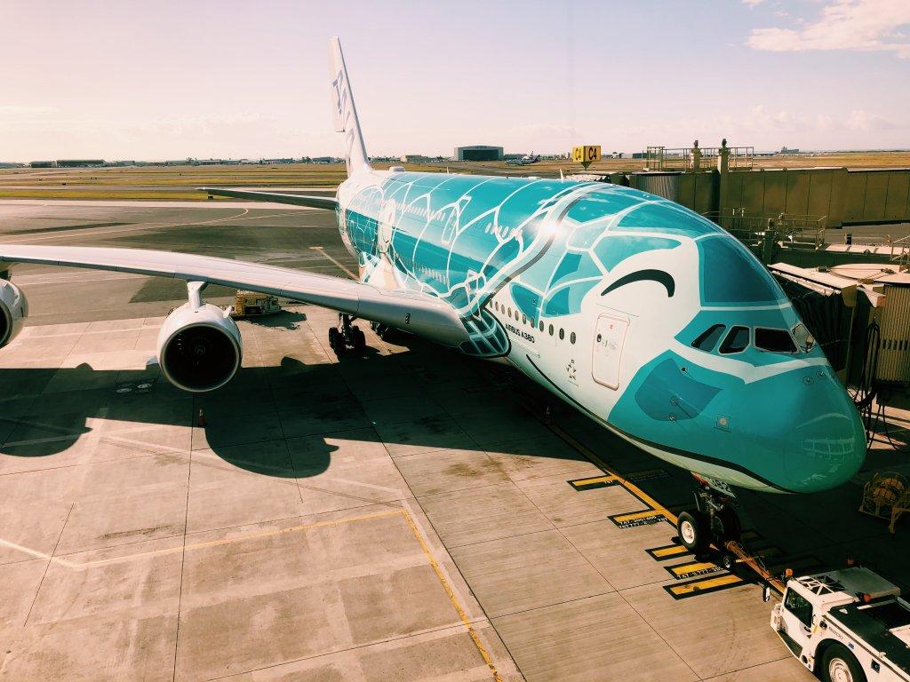 ホノルル空港ANA LOUNGE A380