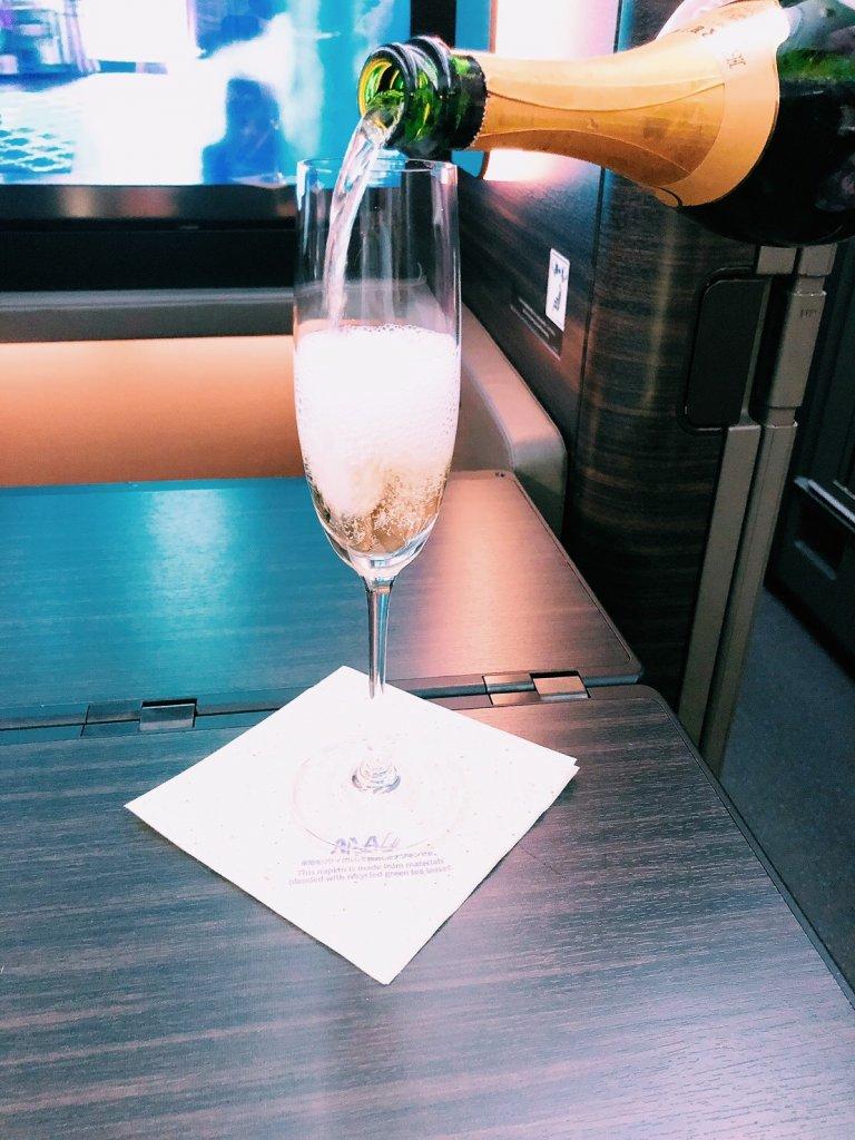 ANA A380ファーストクラス機内食 KRUG