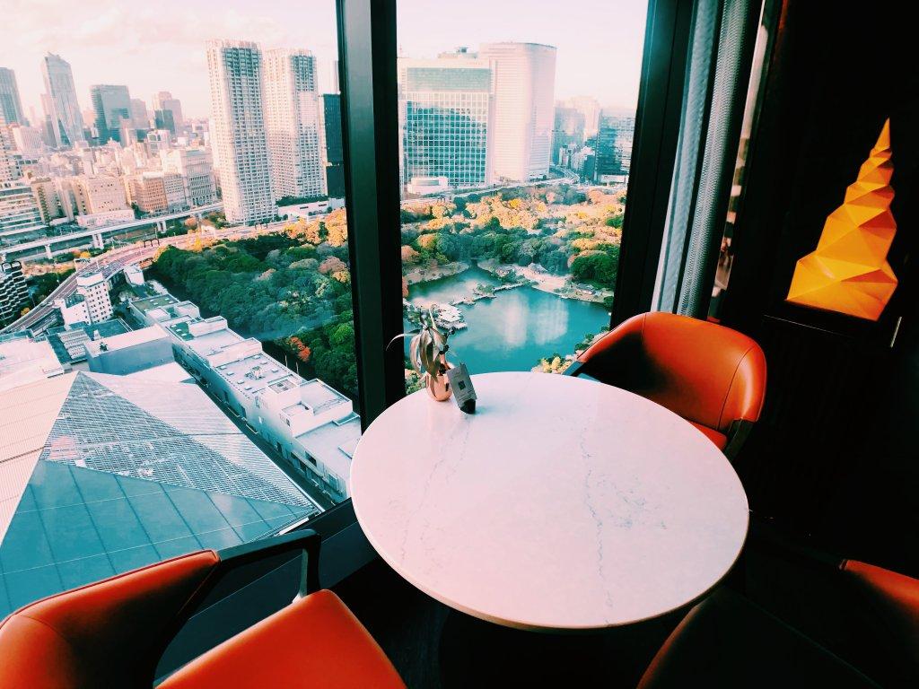 メズム東京のクラブラウンジ